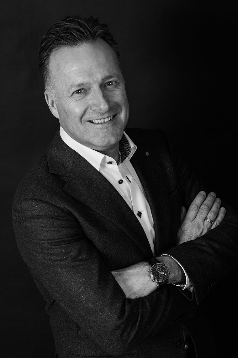 Peter Nagelkerke Doors to improvement - window of opportunity